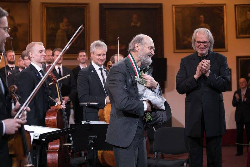 Arvo Pärt receiving the Polish Medal of Merit to Culture