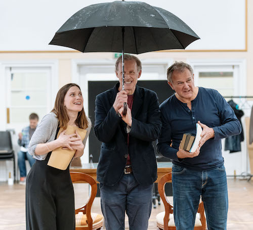 Liz White, Andrew Havill and Hugh Bonneville rehearse SHADOWLANDS (c) Manuel Harlan