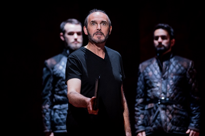 Stephen Gadd as Macbeth - photo by Robert Workman