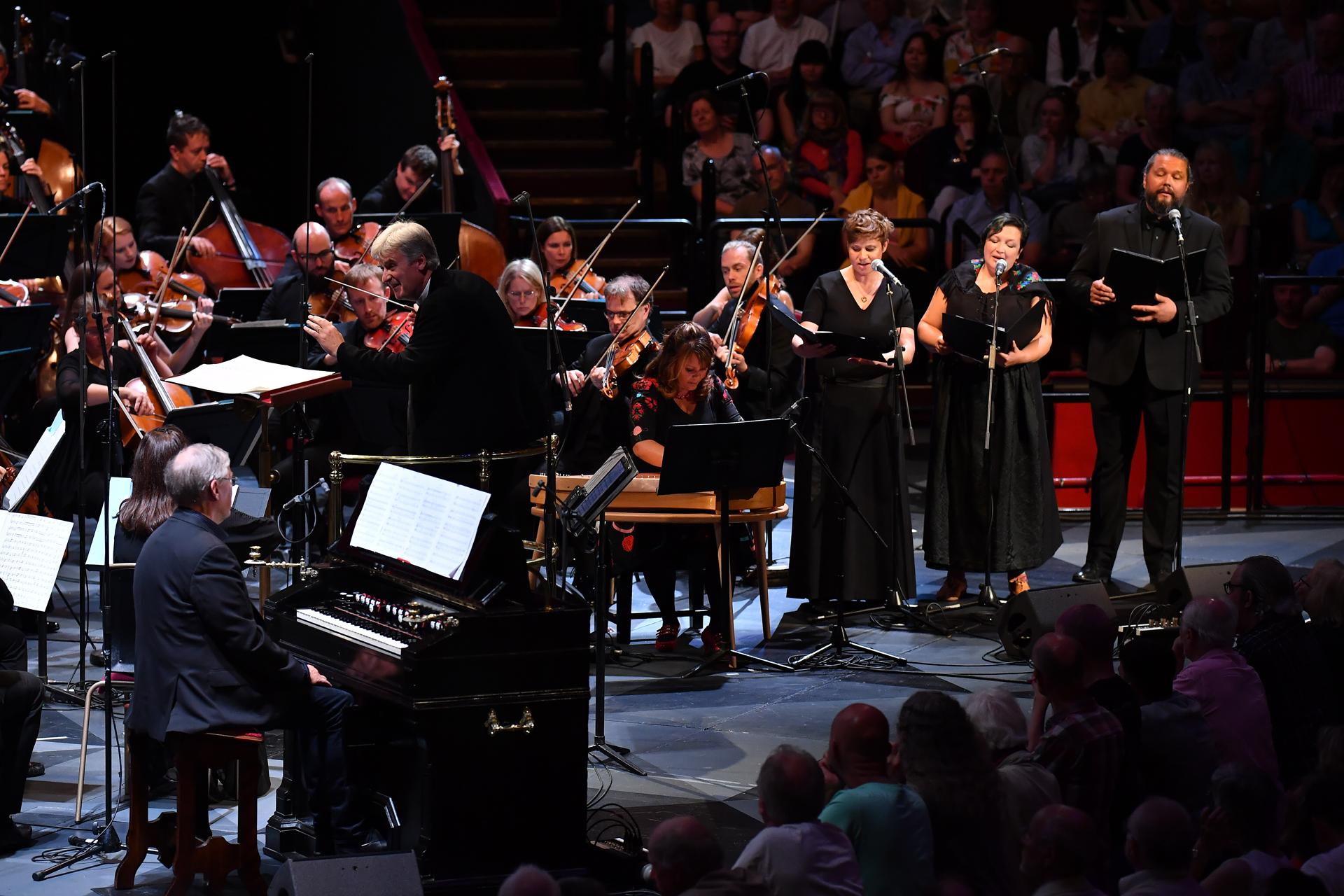 Prom 20: Kuusisto, BBCSSO, Dausgaard review – Sibelius between folk