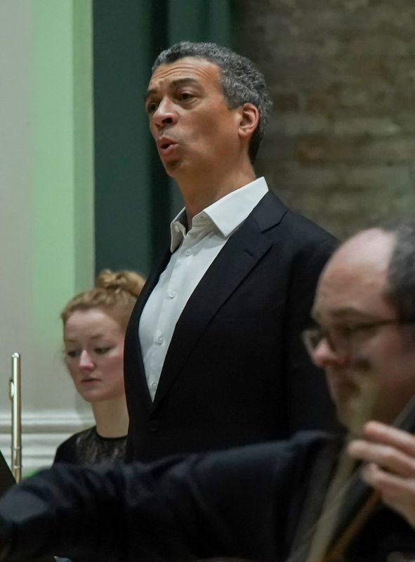 Roderick Williams sings with the  Hallé Orchestra on film, at Hallé St Peter's - credit_the_halle