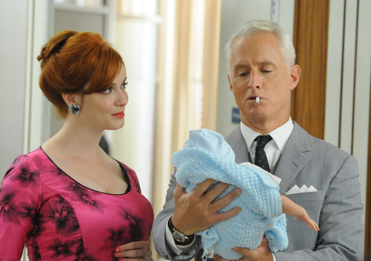 Joan (Christina Hendricks) and Roger (John Slattery)