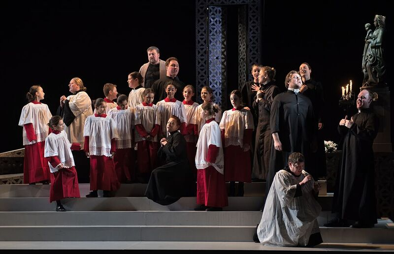 Tosca by English National Opera - picture by Bill Knight