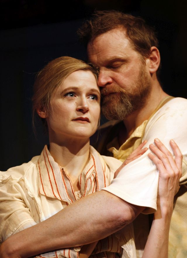 Naomi Frederick and Matthew Flynn in 'Agnes Colander'