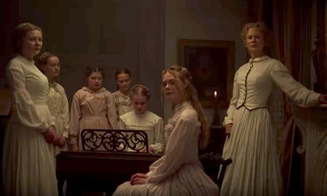 Kirstin Dunst (left) and the distaff cast of 'The Beguiled'