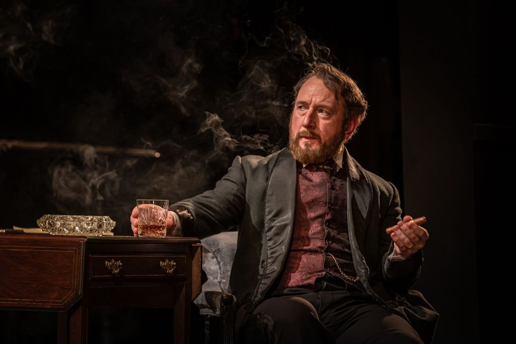 Adrian Scarborough in 'Leopoldstadt'