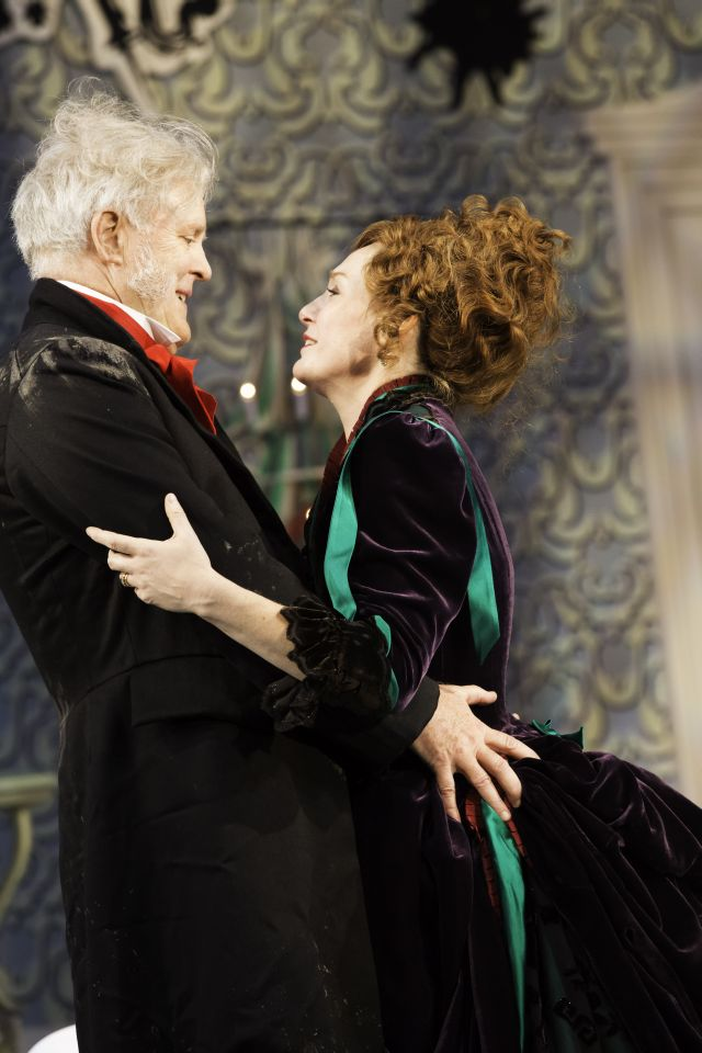 Lithgow and Carroll in Pinero's The Magistrate