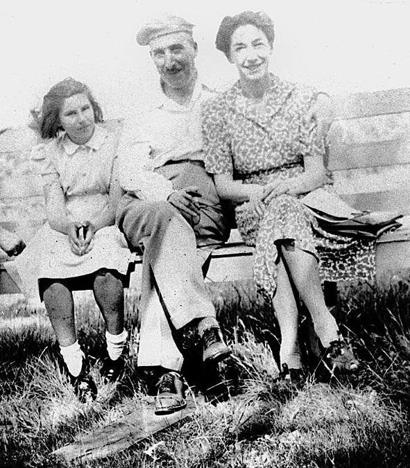 Eva with Stefan Zweig and Lotte Altmann