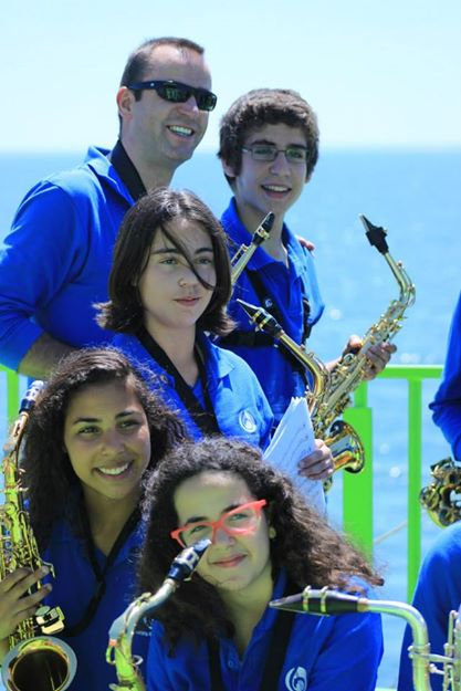Saxophones aboard at Setubal