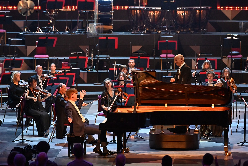 Olafsson, Jarvi and the Philharmonia at the Proms