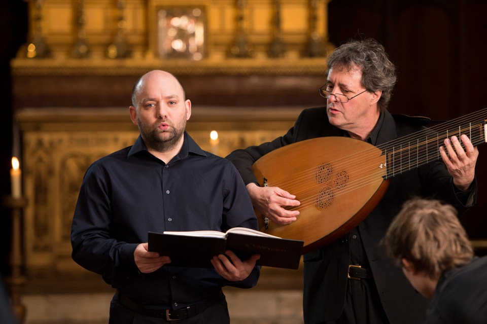Mark Dobell and David Miller in Monteverdi's 'Nigra sum'