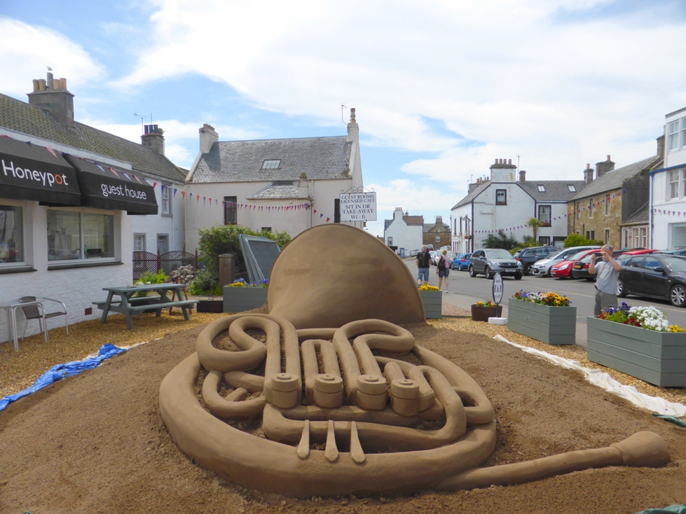 Horn sand sculpture at Crail