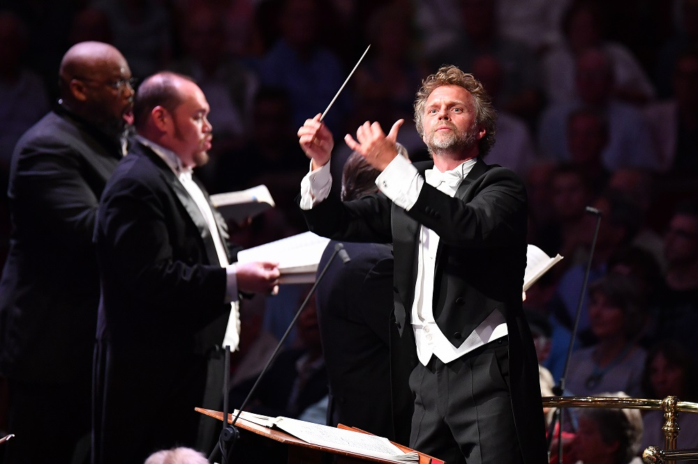 Conductor and two soloists in Proms Mahler 8
