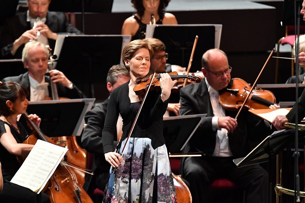 Isabelle Faust in Prom 3