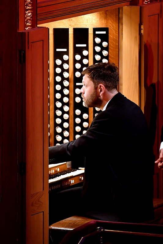 William Whitehead at the Albert Hall organ