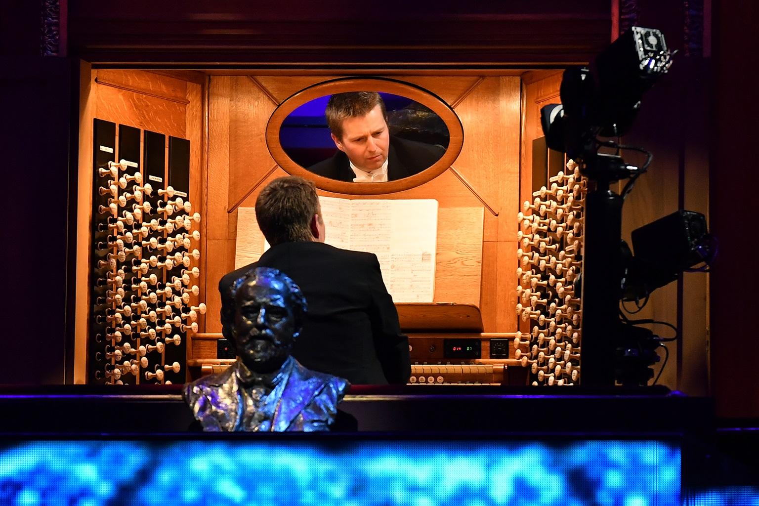 John Scott on the Albert Hall organ