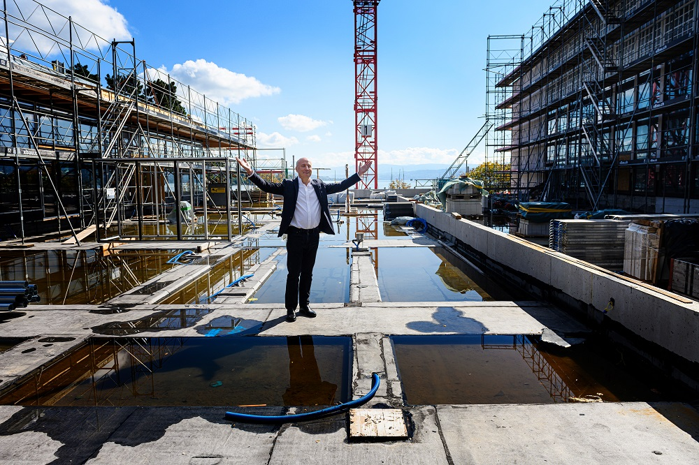 Paavo Jarvi on the Tonhalle construction site