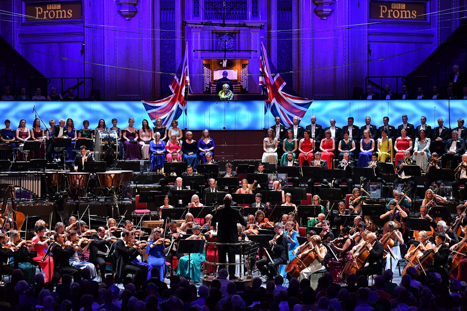 Sakari Oramo conducts the Last Night of the Proms