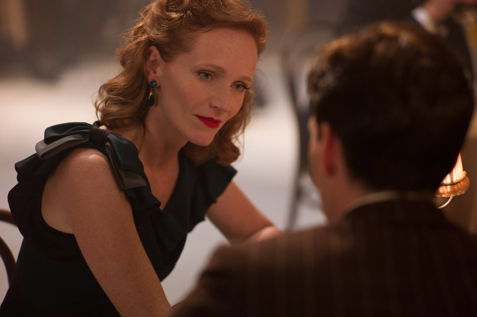 Anna Geislerová and Cillian Murphy in Anthropoid
