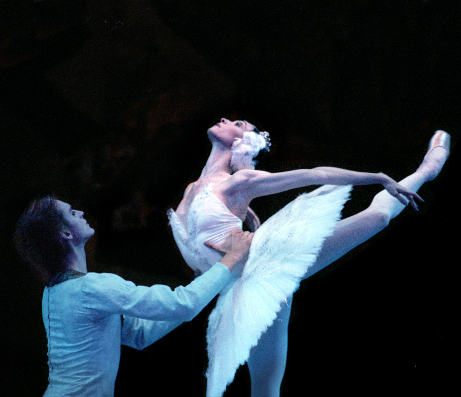 Denis Rodkin as Prince Siegfried and Olga Smirnova as Odette in the Bolshoi Ballet's 'Swan Lake'. Photo by Laurie Lewis.