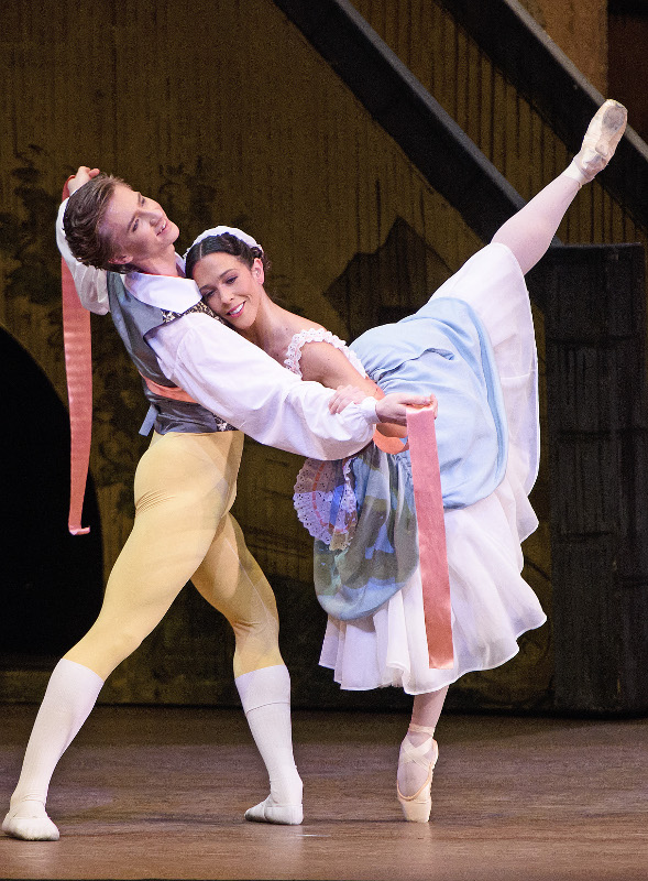 Vadim Muntagirov as Colas and Laura Morera as Lise in La Fille mal gardée