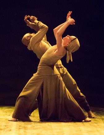 Akram Khan and Tamara Rojo in Dust