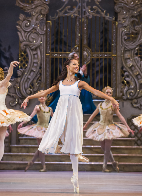 Francesca Hayward as Clara in Peter's Wright's Nutcracker at the Royal Ballet. Photo by Tristram Kenton.