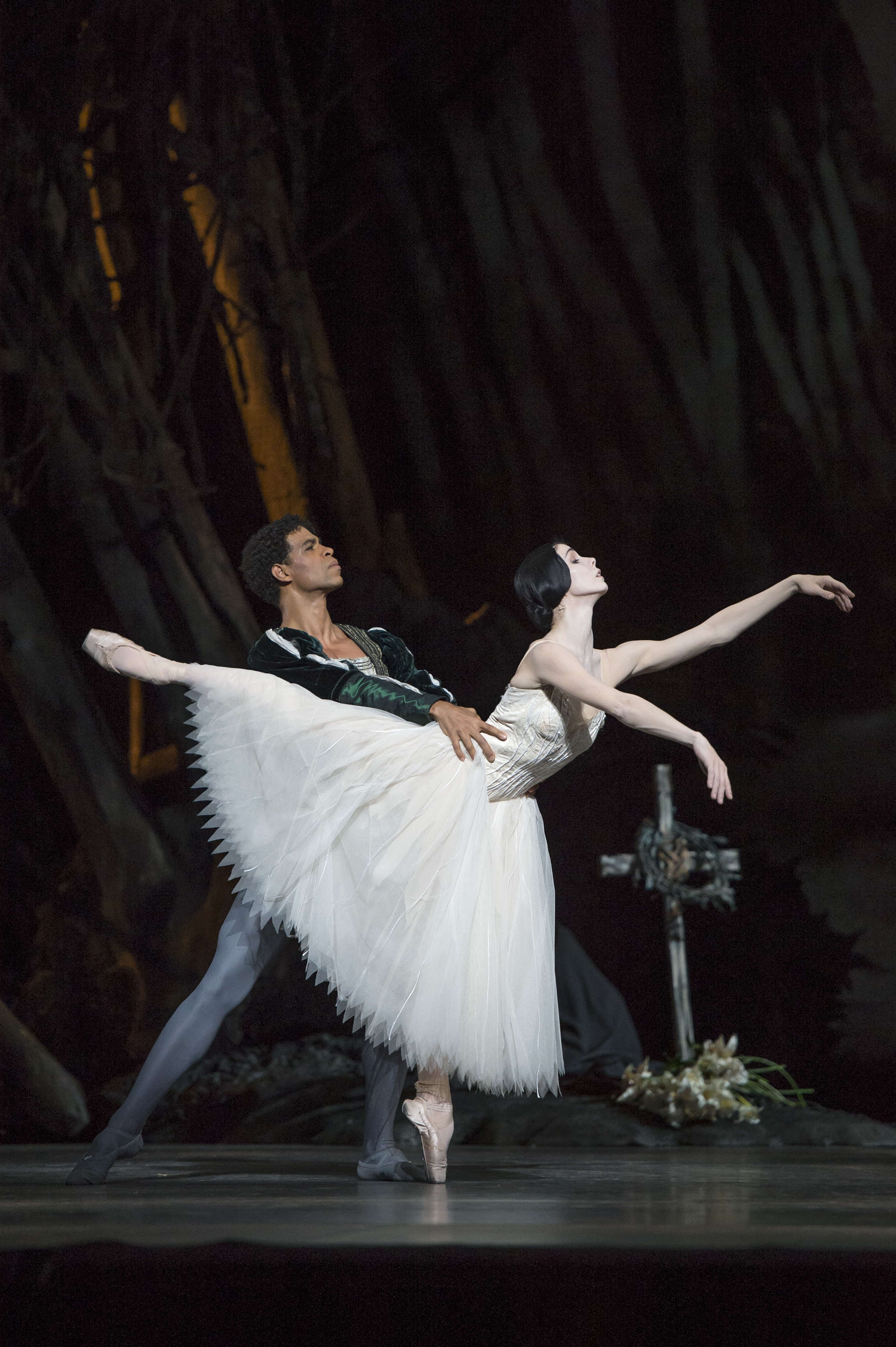Carlos Acosta and Natalia Osipova as Albrecht and Giselle