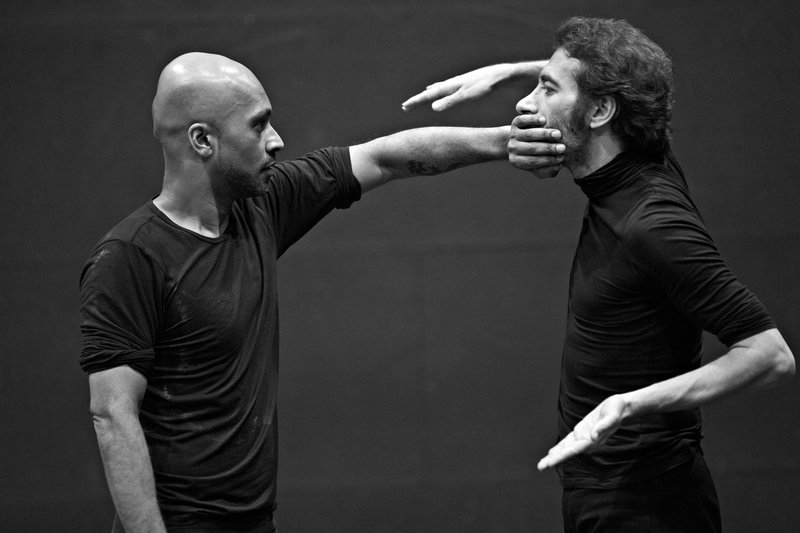 Akram Khan and Israel Galván in TOROBAKA