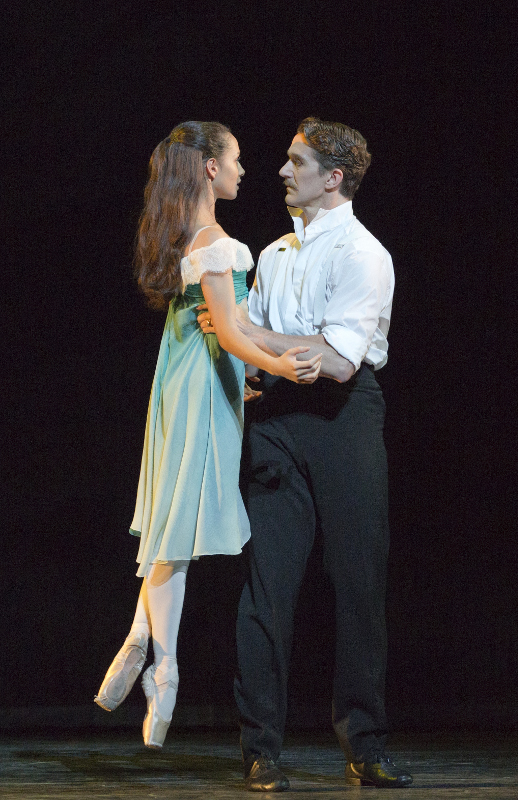 Francesca Hayward and Gary Avis in Kenneth MacMillan's 'The Invitation'