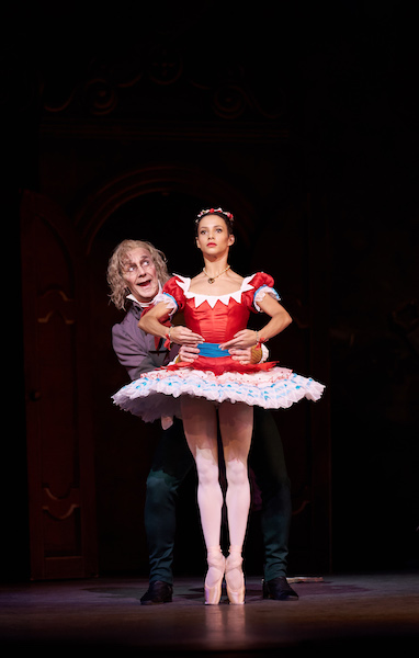 Francesca Hayward and Gary Avis in 'Coppélia'