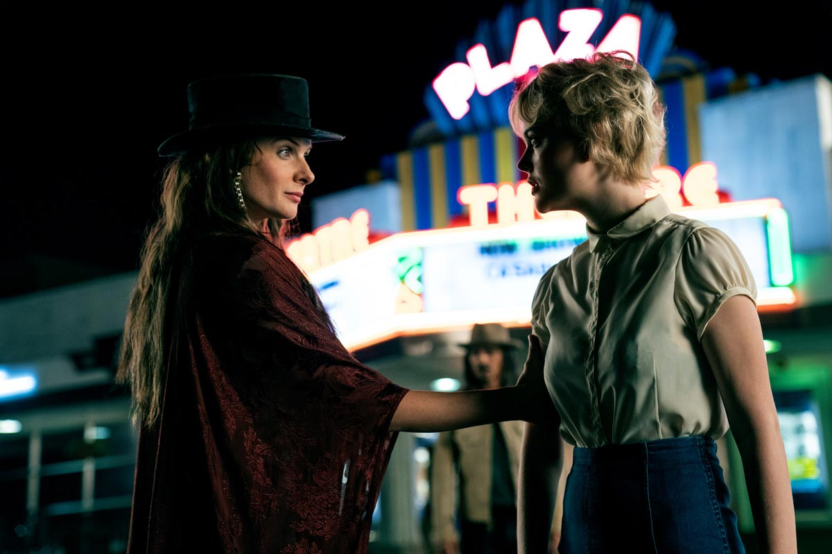 Rose the Hat (Rebecca Ferguson) and Snakebite Andi (Emily Alyn Lind) in Doctor Sleep