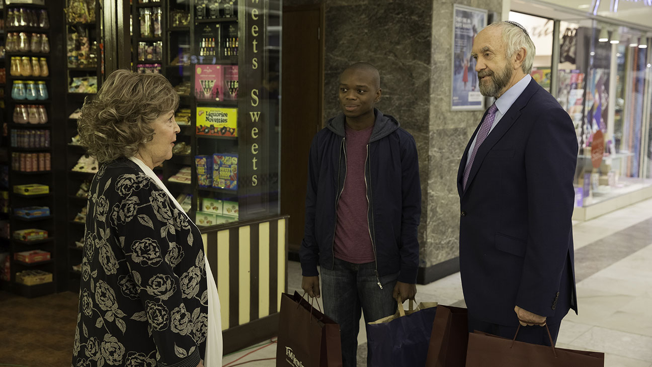 Pauline Collins, Jerome Holder and Jonathan Pryce in Dough