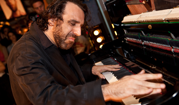 Chilly Gonzales in vaudevillian mode