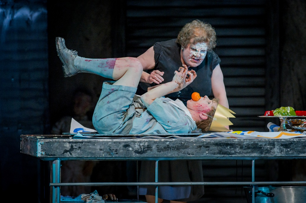 Adrian Thompson and Jurgita Adamonyte in WNO Hansel and Gretel
