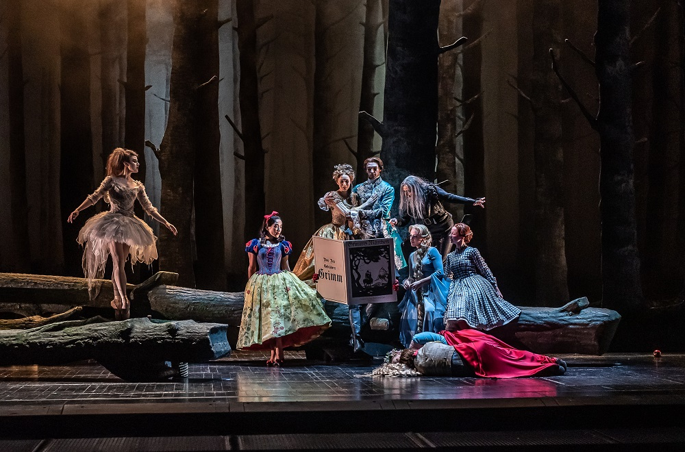 Dream Pantomime in Royal Opera Hansel und Gretel