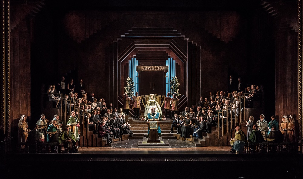 Final scene of Die Meistersinger in Royal Opera production