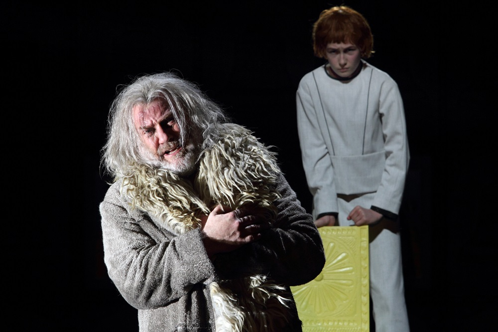 Final scene in Royal Opera Boris Godunov