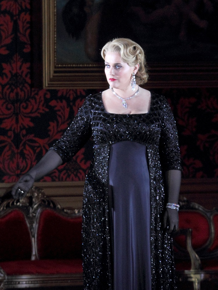 Rachel Willis-Sorensen in Act 3 of Der Rosenkavalier