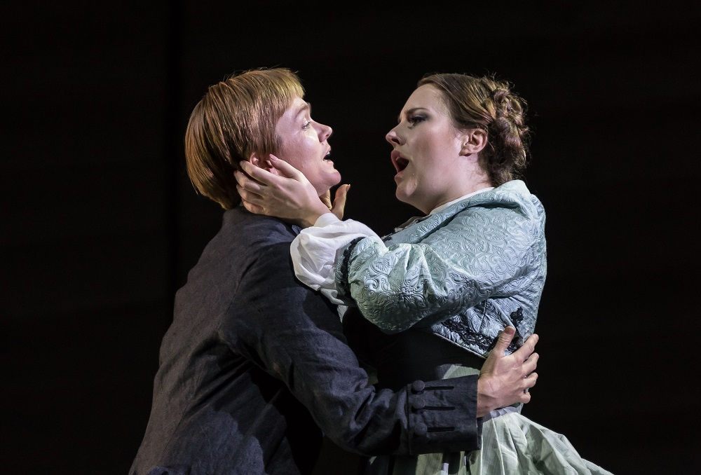 Caitlin Hulcup as Idamante and Louise Alder as Ilia in Garsington Idomeneo