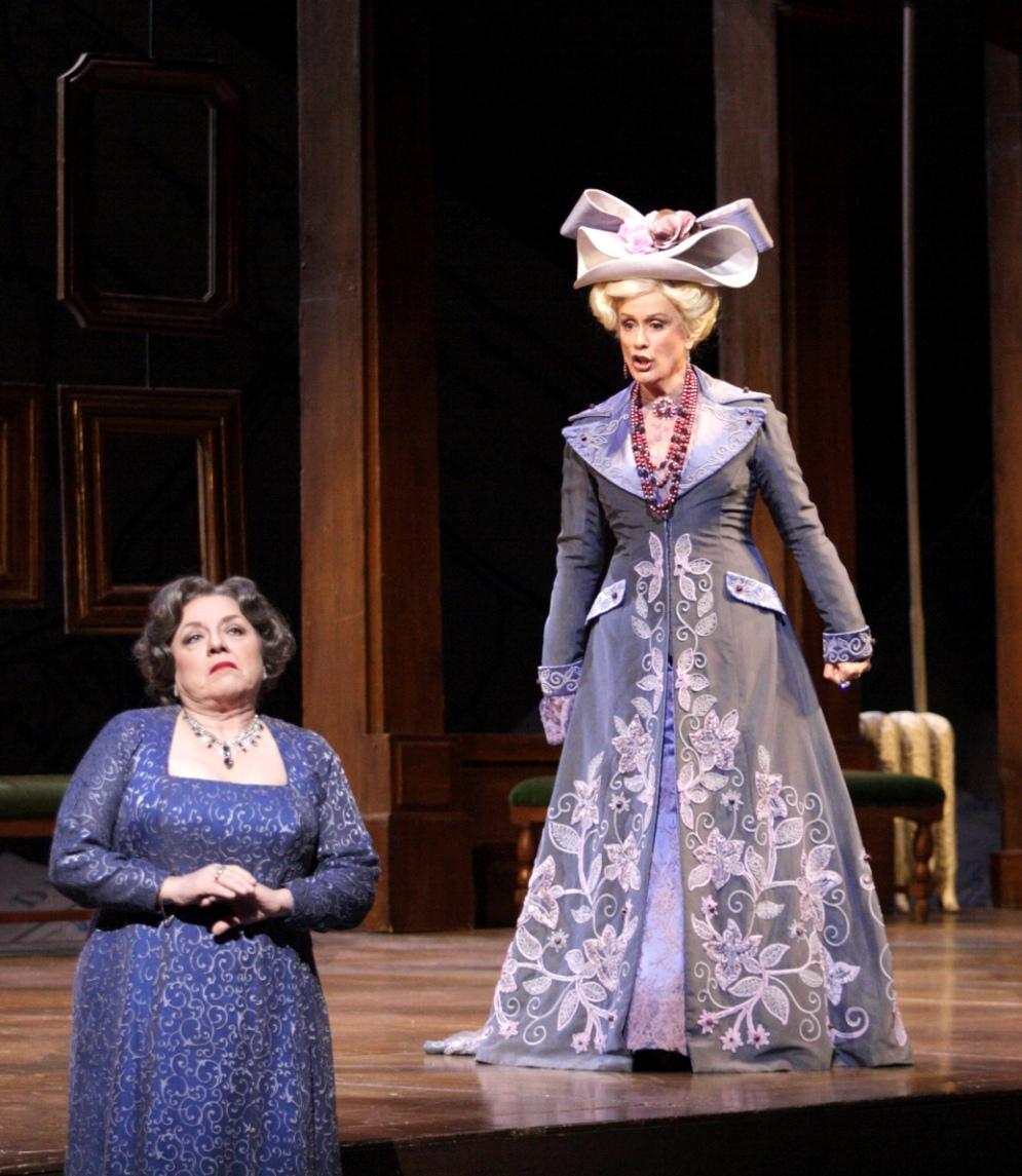 Kiri te Kanawa and Eva Podles in La Fille du regiment pictured by Catherine Ashmore