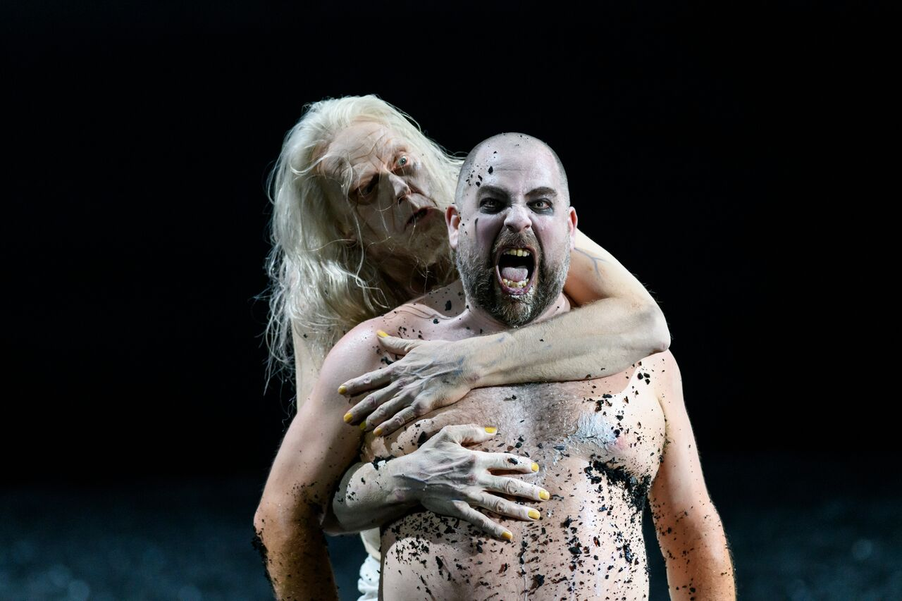 Witch of Endor scene in Glyndebourne Saul
