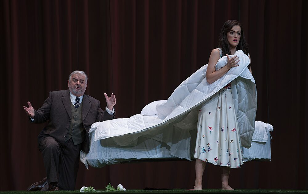 Scene from ENO Traviata