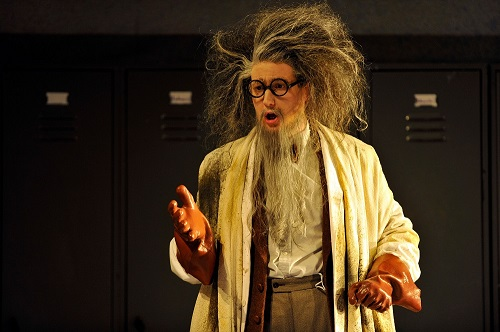 James Hall as a crazed chemistry teacher © Glyndebourne Productions Ltd. Photo: Robbie Jack