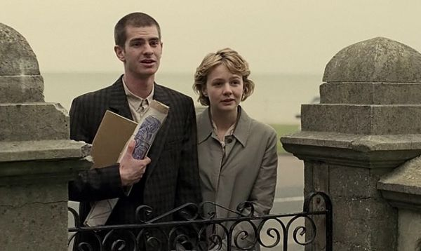 Andrew Garfield and Carey Mulligan in Never Let me Go