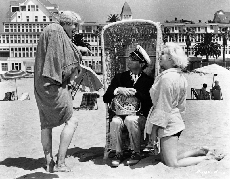Lemmon Curtis and Monroe Some Like It Hot
