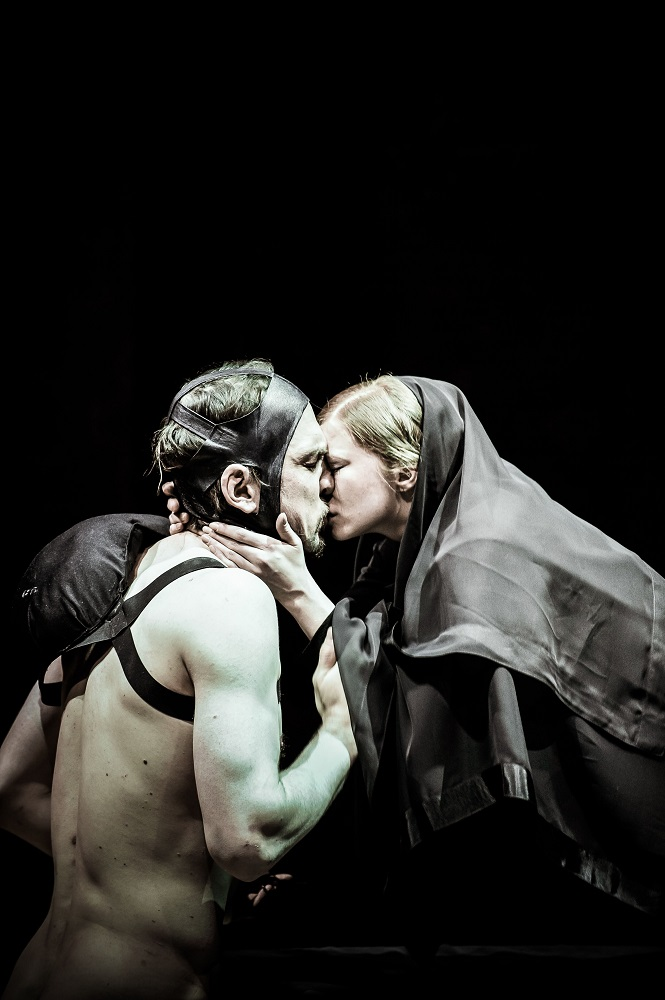 Lars Eidinger and Jenny Konig in Richard III