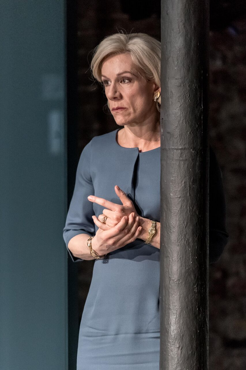 Juliet Stevenson as Gertrude in Almeida Hamlet