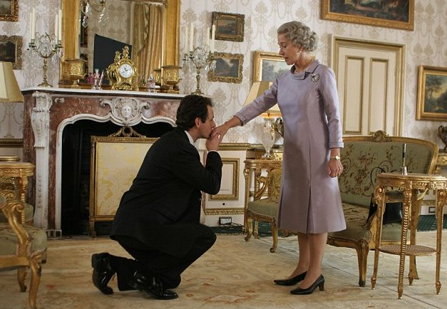 Helen Mirren and Martin Sheen in The Queen