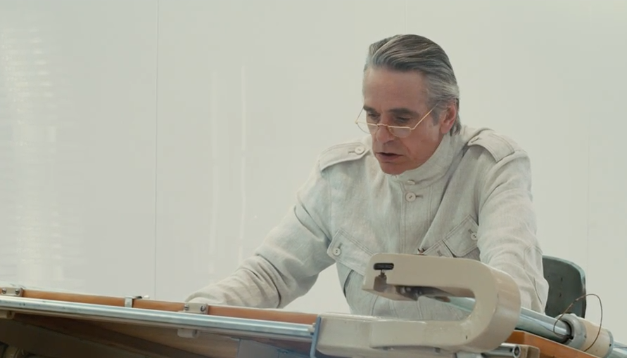 Jeremy Irons, High-Rise